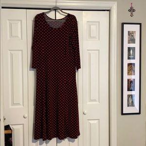 Polka dot long dress with wrist length sleeves